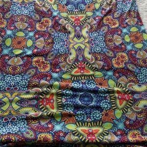 LuLaRoe Tops - LulaRoe Size XS shirt Kaleidoscope pattern